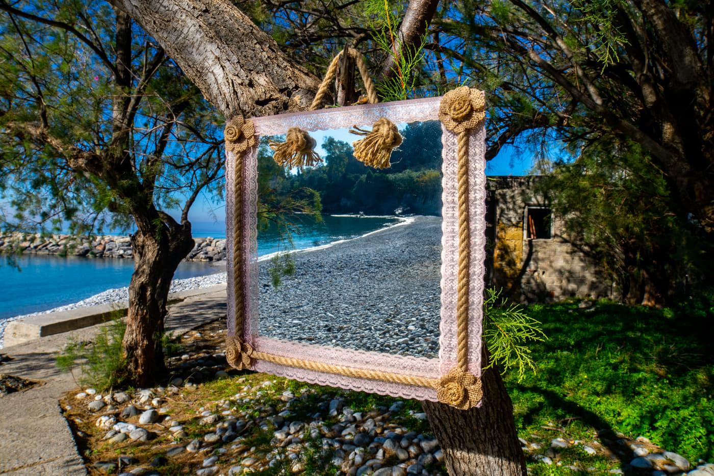 Καθρέφτης τοίχου MIR003