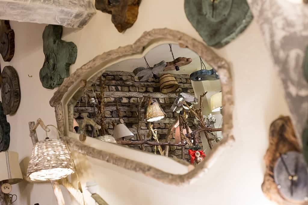 Καθρέφτης από ξύλο ελιάς MIR005